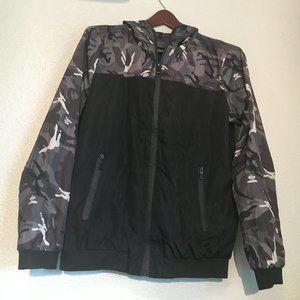 Windbreaker Black and Camouflage Jacket
